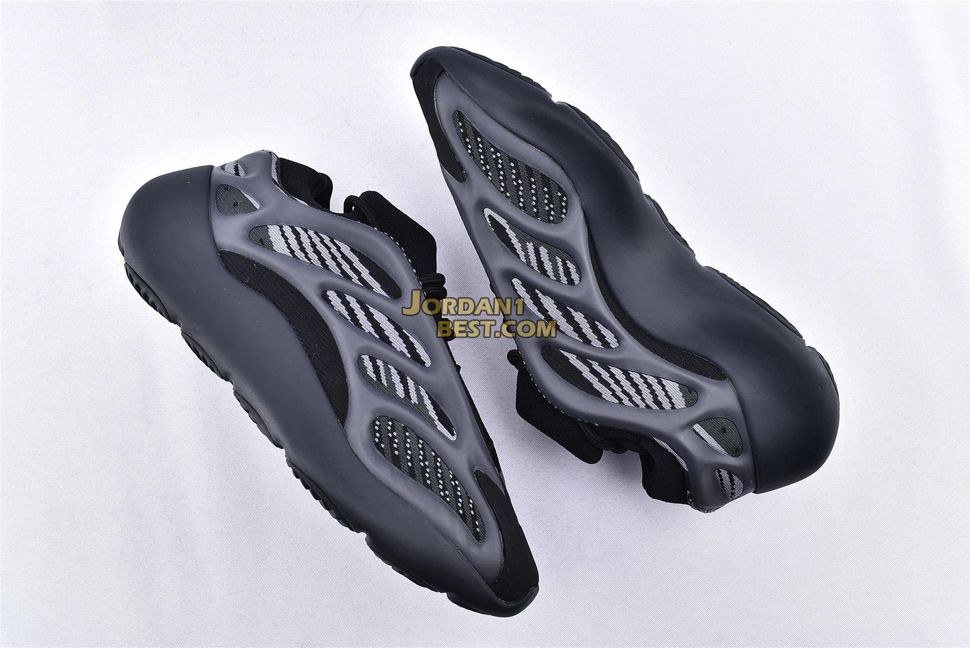 "Adidas Yeezy Boost 700 V3 ""Alvah"" H67799"